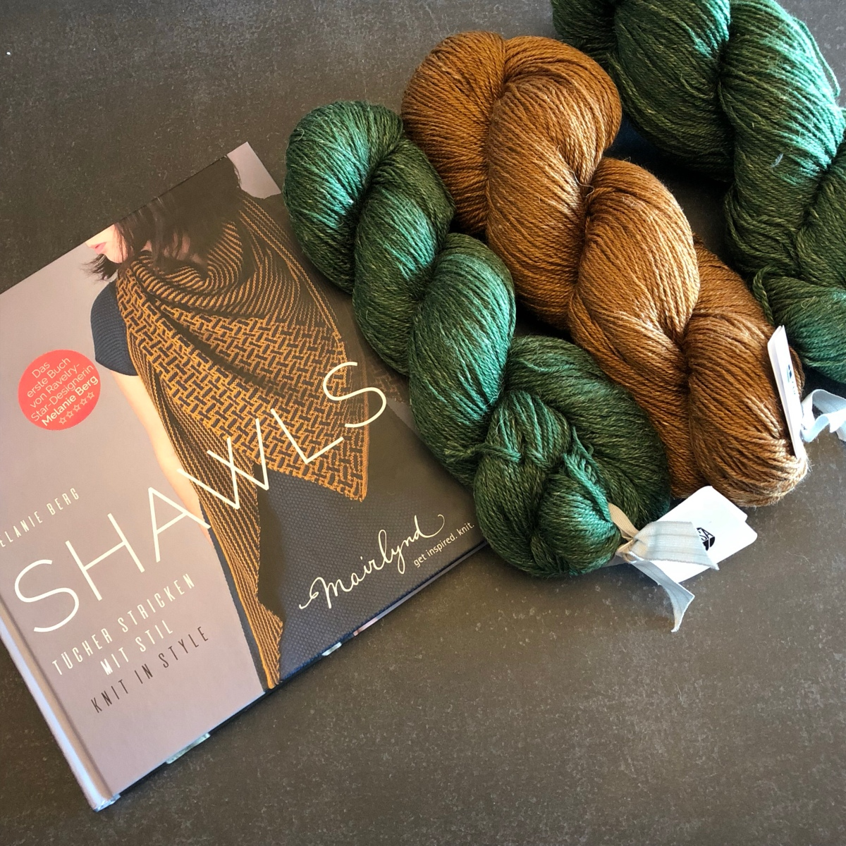 """""""Shawls"""" - Mairlynd / Melanie Berg"""