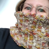 Upside down Cowl Knitcrate Januar 2020